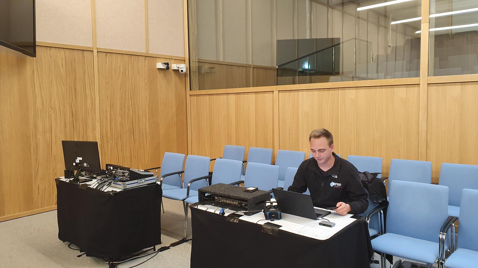 Een gespecialiseerd bedrijf verzorgde op 9 april de livestream van de uitspraak in de zaak rond de Bredase 'flatspringers'.