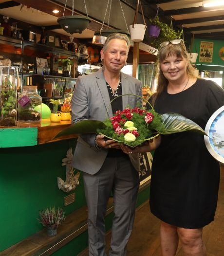 Irish Pub Rebels in Terneuzen is nu plantenzaak: 'De bar is een ideale toonbank'