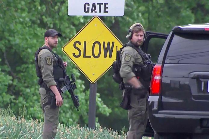 Gewapende agenten aan het hoofdkwartier van de CIA in Langley, Virginia, in de VS.