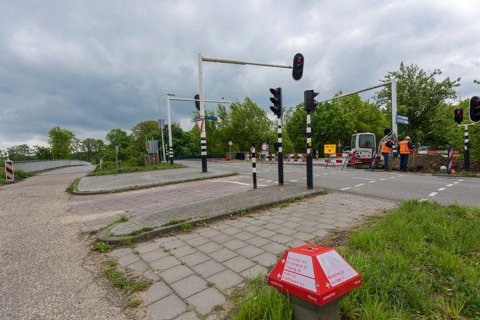 De Spottersweg in Eindhoven wordt noordwaarts doorgetrokken, richting A58. Komend vanaf Oirschot kun je hier straks niet verder met de auto. Er komt wel een fietsersbrug over de Spottersweg.