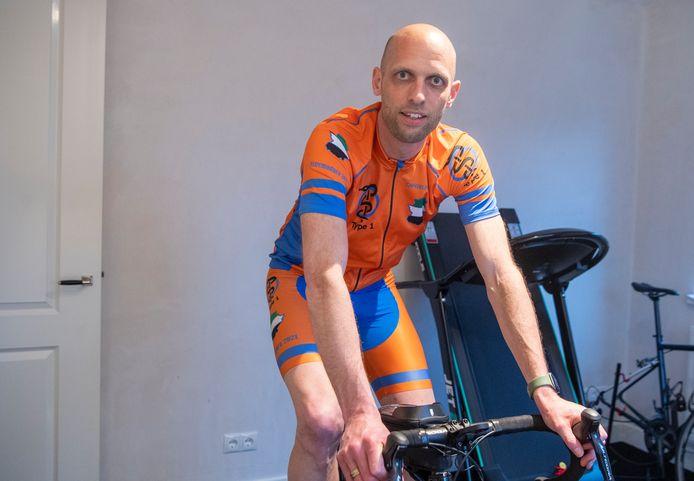 Camiel Slot gaat in 6 dagen tijd 750km fietsen door de bergen van Extramadura in Spanje. Dat doet hij om geld in te zamelen voor de behandeling van diabetes type 1