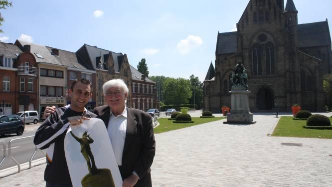 """Chris start crowdfunding om bronzen beeld van keizer Kamiel te realiseren: """"Dat heeft hij meer dan verdiend"""""""