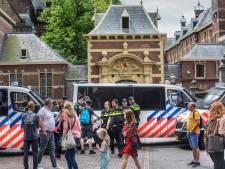 Politie Den Haag: Agenten die rake klappen uitdeelden, werden eerst zelf belaagd