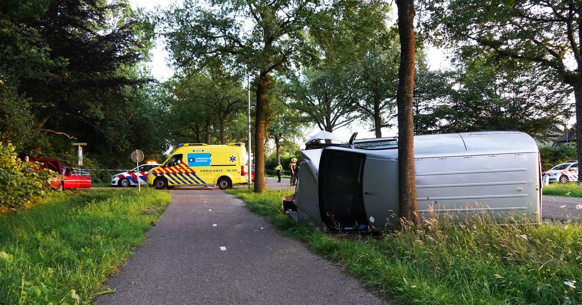 Ernstig ongeval tussen Zwolle en Kampen, drie gewonden naar ziekenhuis.