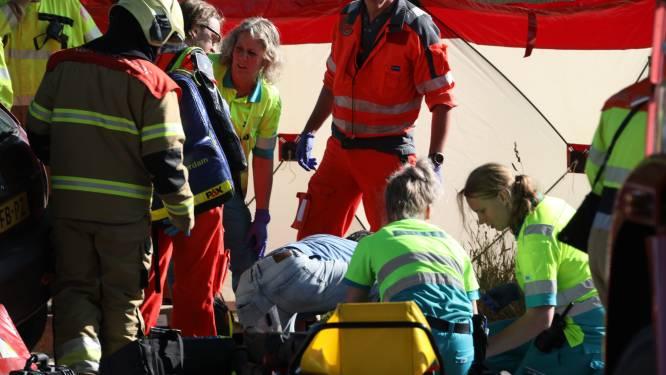 Na zwemmen en bier drinken bij de Maas volgde zwaar ongeluk: 'Gordels hebben jullie leven gered'