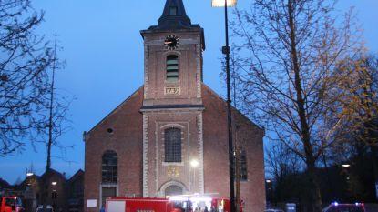 Rook uit dak kerk blijkt afkomstig van nieuwe verwarmingsinstallatie