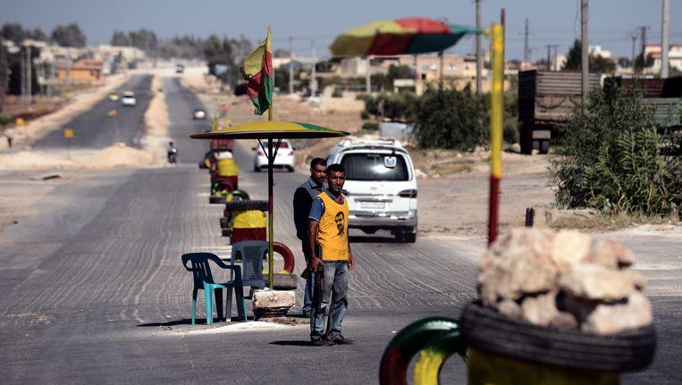 Een Koerdische man in de stad Afrin.