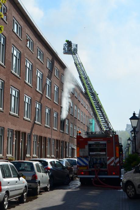 Groot alarm in Rotterdam-Zuid om brand, twee brandweermannen hebben ernstige brandwonden