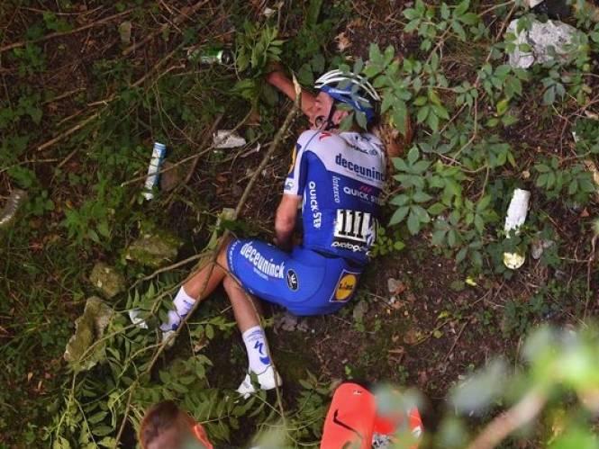 """RECONSTRUCTIE. """"Haal ik de Giro, pa? 'Misschien die van volgend jaar.'"""" Hoe Evenepoel negen maanden na zijn doodsmak naar de start van de Giro werkte"""