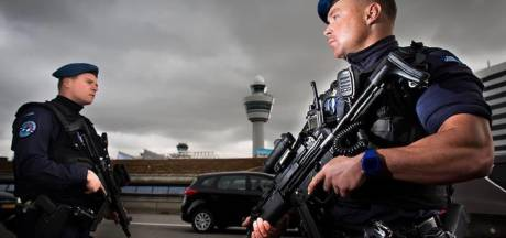 Bommelding Schiphol: vliegtuig ontruimd, man aangehouden in Haarlem