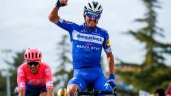 Alaphilippe zet spurters een neus en wint verrassend massasprint in Tirreno-Adriatico