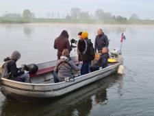 Opnames in Oosterbeek bij het krieken van de dag voor Netflix-serie over bevrijding