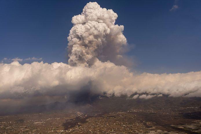 De vulkaan op La Palma barstte afgelopen zondag uit.
