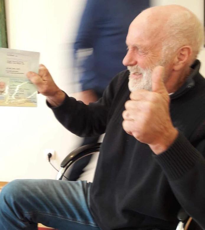 Rudi Lubbers kreeg gisteren zijn noodpaspoort op de Nederlandse ambassade in Bulgarije