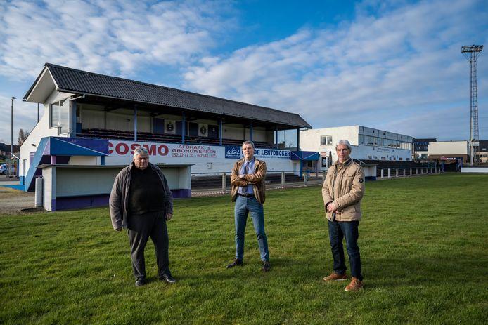 "Jan Tas, Kris Verberckmoes en Patrick Arbyn van KAVD Dendermonde halen uit naar KV Sint-Gillis. ""Die club blaast de fusieplannen op"", klinkt het."
