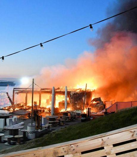 Horecadroom Bar Goed gaat in rook op; eigenaren willen gauw nieuwbouw