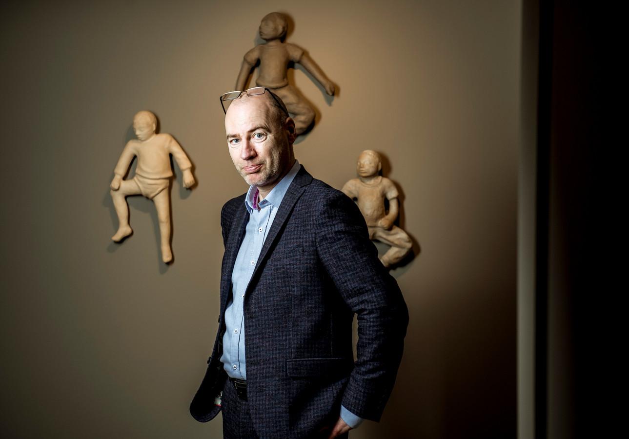 """Dirk Ramaekers over het heden, verleden en de toekomst van de Covid-vaccinatie. """"Tevreden? Dat ben ik nooit."""""""