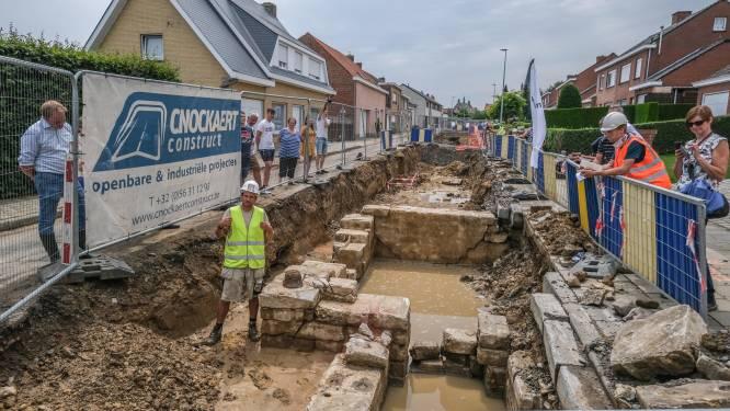 Wegenwerken in Wijtschate hervat na archeologische vondsten