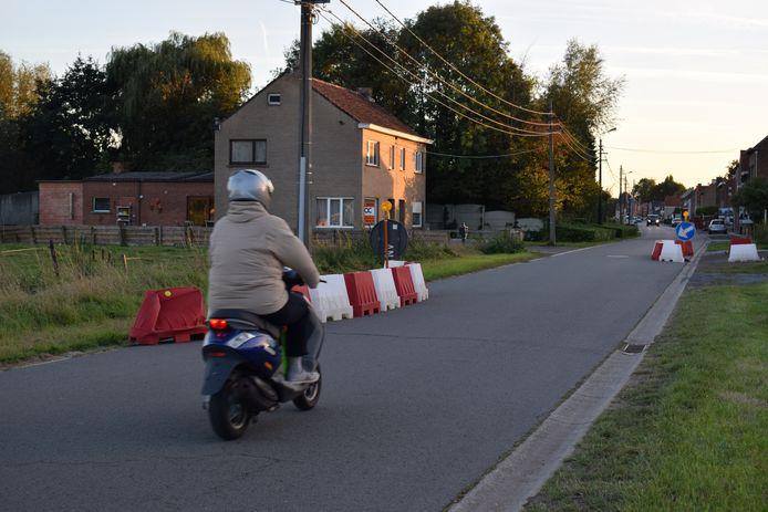 De tijdelijke asverschuivingen met  jerseys in de Denderdreve verdwijnen.