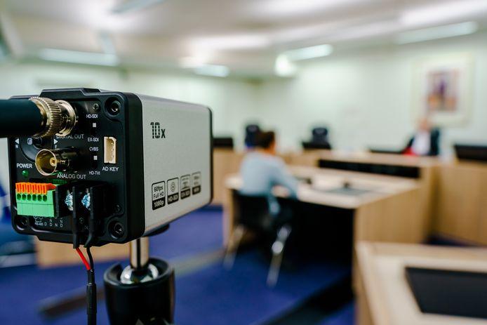 Dankzij nieuwe camera's kunnen sommige zittingen en uitspraken vanuit huis gevolgd worden.