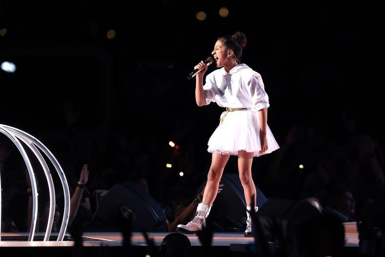 Emme Maribel Muñiz, de dochter van Jennifer Lopez, zong ook een stuk mee tijdens de show.