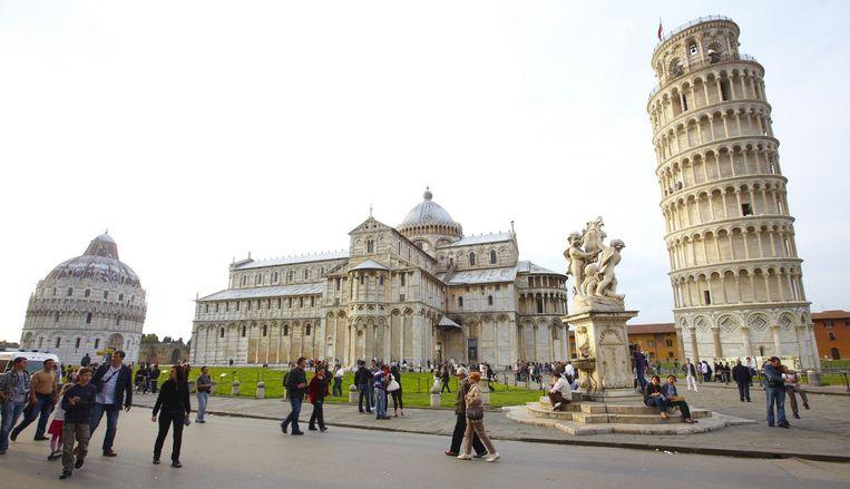 De scheve toren van Pisa, die na een aardbeving in 1980 22 minuten lang bleef doortrillen. Beeld afp