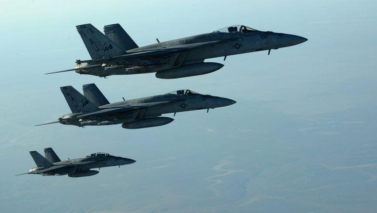Amerikaanse legervliegtuigen boven Irak. Beeld EPA