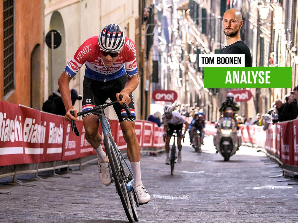 Mathieu van der Poel bij zijn exploot richting de Piazza del Campo.