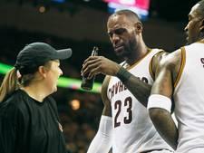 LeBron James haalt grap uit met 'bierlady'