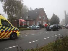 Automobiliste gewond bij aanrijding in Apeldoorn