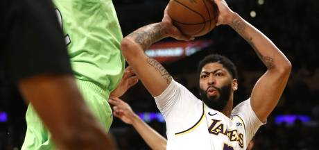 Magistrale Anthony Davis leidt Lakers langs Timberwolves