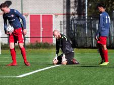 FC Breukelen legt defensieve kwetsbaarheid debutant FC De Bilt bloot bij competitiestart