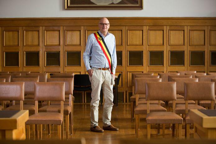 Fons Verwimp was 27 jaar actief in de lokale politiek.