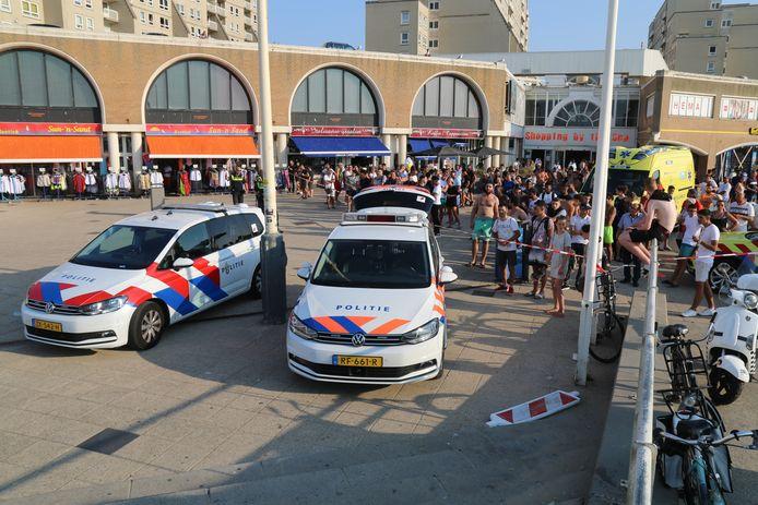 Een man (19) uit Rotterdam overleed na een steekpartij op de Pier in Scheveningen.