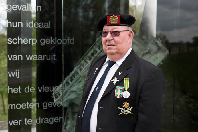 Oorlogsveteraan Arie Langenberg vindt de twee minuten stilte tijdens de Dodenherdenking vanavond heel belangrijk. ,,Twee minuten respect.''
