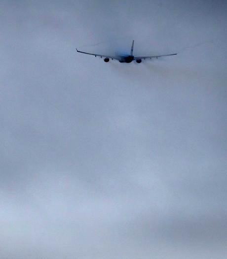 Lochem: Impact wachtruimte vliegtuigen nog onduidelijk