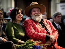 Henk Schiffmacher en Astrid Joosten krijgen een lintje
