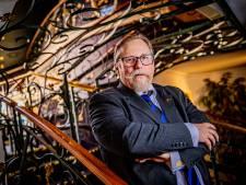 Van 'oplichter' en 'moffenjong' naar veiler van wereldkunst: dit is het bijzondere verhaal van Richard Hessink uit Zwolle