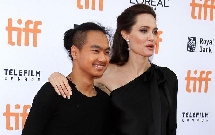 Angelina Jolie en haar zoon Maddox Jolie-PItt