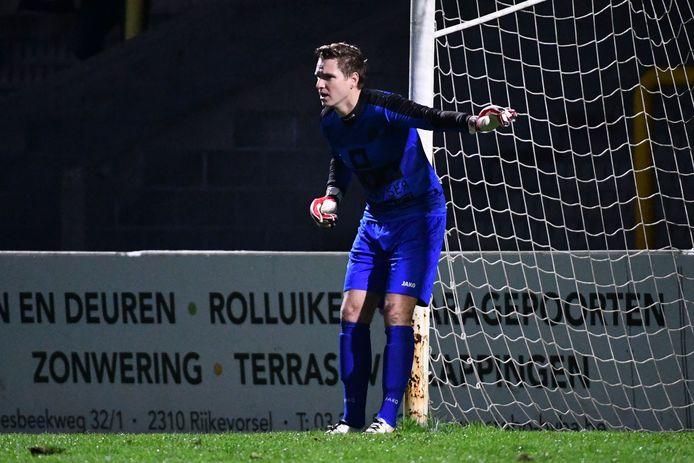 Een gehavend Zwarte Leeuw kwam na 90 minuten niet verder dan 1-1, maar Jeroen Hofmans stopte in de strafschoppenreeks twee elfmeters.