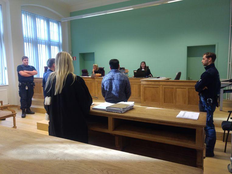 Erjon S. wacht zijn vonnis af dat op 12 november volgt.