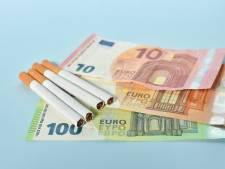 Sigaretten zijn duur, maar ook je verzekering valt als roker duizenden euro's hoger uit