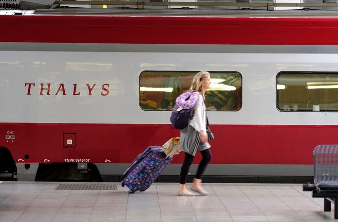 De Thalys door laten rijden naar Zwolle, om zo een rechtstreekse verbinding met Parijs te maken. Dat was het idee, maar het lijkt voorlopig onhaalbaar.