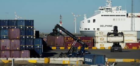 Derde keer in één week: transmigranten uit container gehaald in Zeebrugge, nadat ze in paniek de politie bellen