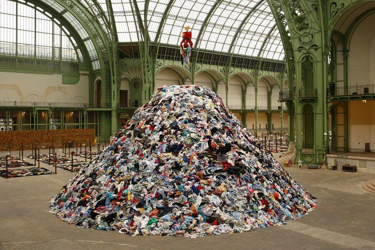 De installatie 'Personnes' van Christian Boltanski in het Grand Palais in Parijs, 2010. Beeld Reuters