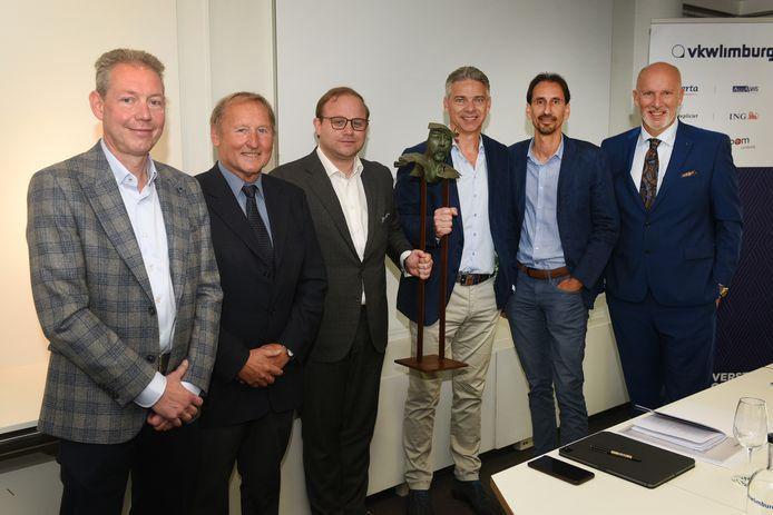 VKW Limburg deelde afgelopen vrijdag de Ambiorixprijs uit aan de drie CEO's van Nelissen Steenfabrieken uit Lanaken.