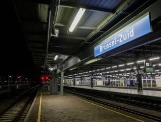 """NMBS werkt alternatieve dienstverlening uit met oog op staking: """"Helft treinen rijdt maandag"""""""
