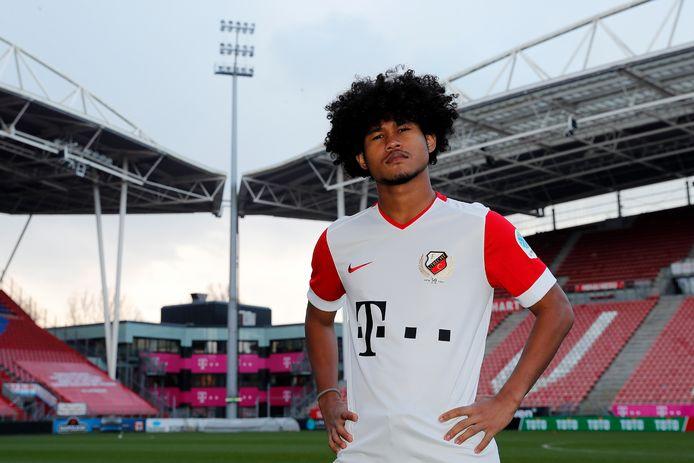 De 19-jarige spits Bagus Kahfi uit Indonesië staat sinds een week onder contract bij FC Utrecht.