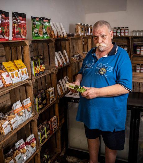 Koos Scheper uit Overdinkel gaat Oldenzalers 'Philly's Delicatessen' verkopen: 'Dit ligt niet in de supermarkt'