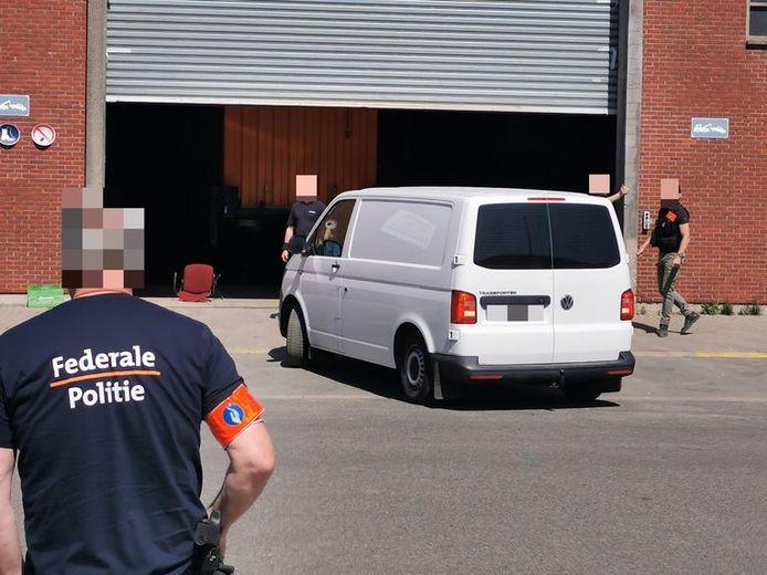 In een loods in de Bremerstraat werd midden april een lading van 4,2 ton cocaïne in een lading inktvis ontdekt.